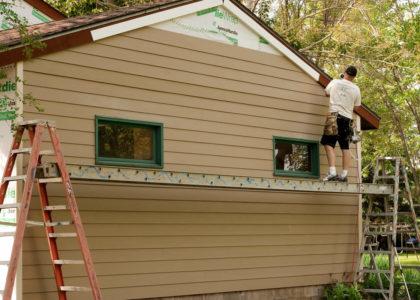 Installing Siding in Pinckney Michigan
